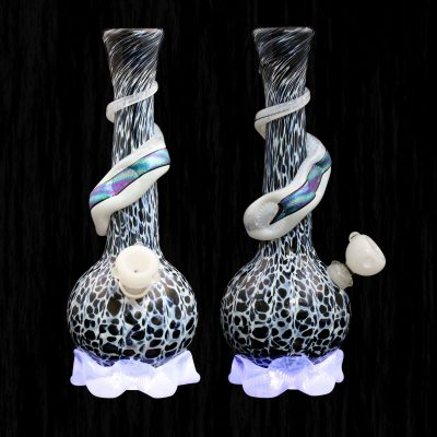 Calcifers Sand Castle With Dichro Ribbon Glass Water Pipe